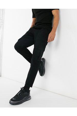 ASOS – Svarta klassiska jeans utan stretch med cargofickor
