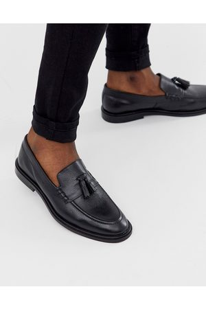 WALK LONDON – West – Svarta loafers i läder med tofs