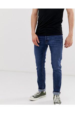 Jack & Jones Intelligence – Glenn – Mellanblå, avsmalnande slim jeans