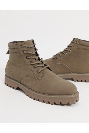 ASOS – Beige boots i fuskmocka med snörning-Sandfärgad
