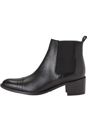 Bianco Biacarol Boots
