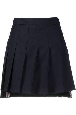 Thom Browne Kvinna Minikjolar - Plisserad kort kjol