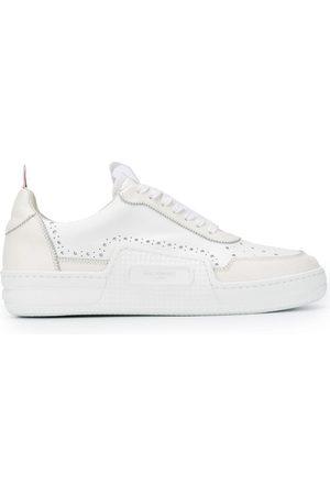 Thom Browne Man Sneakers - Trefärgade randiga sneakers