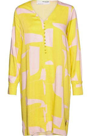Selected Kvinna Festklänningar - Slfcilli-Dynella Ls Short Dress B Kort Klänning Gul