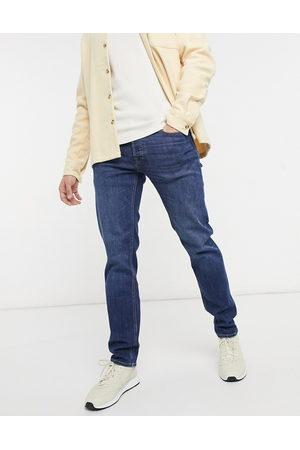 Jack & Jones Intelligence – Mike – Mellanblå jeans med avslappnad passform