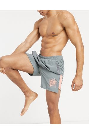 Nike Nike – Yoga – Hyperdry – shorts
