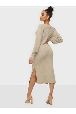 Noisy May Kvinna Stickade klänningar - Nmemma L/S Long Dress Bg Långärmade klänningar Chateau Gray