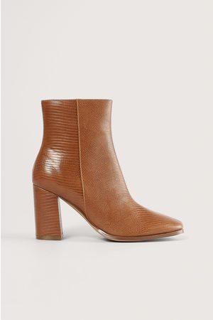 NA-KD Boots