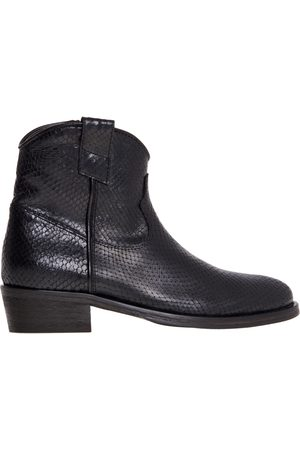 Via Roma Texan ankle boot