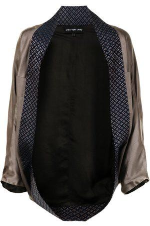Lisa Von Tang Kimonojacka med öppen framsida