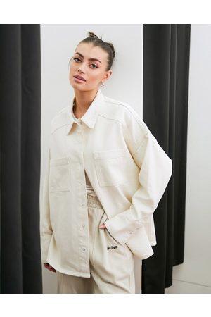 French Connection – Gräddvit skjortjacka i denim-Krämvit
