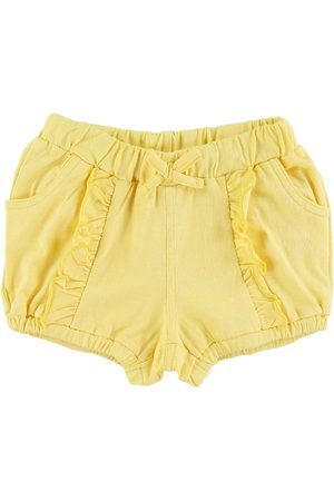 Hust and Claire Shorts - Henny
