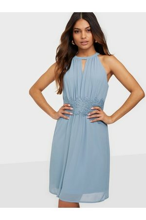 Vila Kvinna Festklänningar - Vimilina Halterneck Dress/Su - Noos Loose fit Ashley Blue