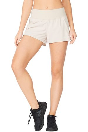 "2XU Women's Aero 2-in-1 3"" Shorts"