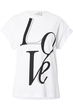 adidas Kvinna T-shirts - T-shirt 'Love