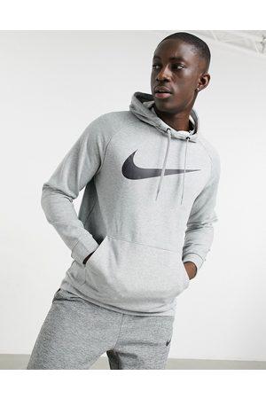 Nike – huvtröja med swoosh-logga
