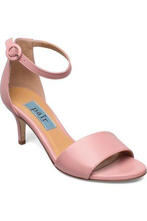 A Pair Simple Heelcap Sandal Sandal Med Klack