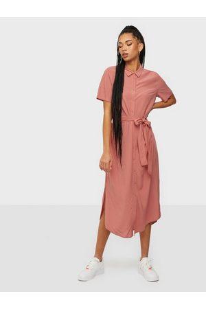 Pieces Kvinna Maxiklänningar - Pccecilie Ss Long Dress Noos Bc Loose fit dresses Canyon Rose