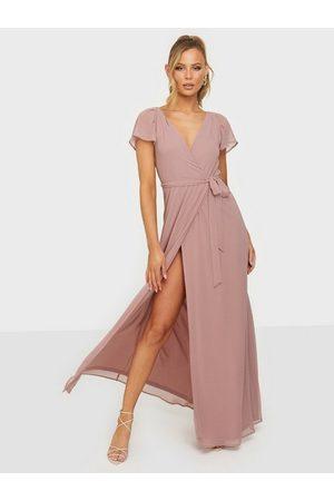NLY Eve Kvinna Festklänningar - Greatest Sleeve Gown Maxiklänningar