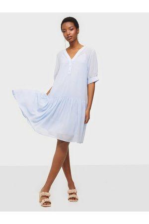 Selected Kvinna Festklänningar - Slfabigail 2/4 Short Dress M Loose fit dresses