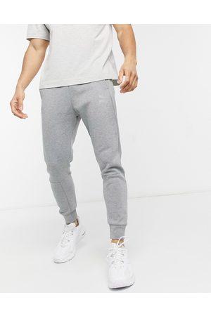 PUMA – Classics Tech – sweatpants