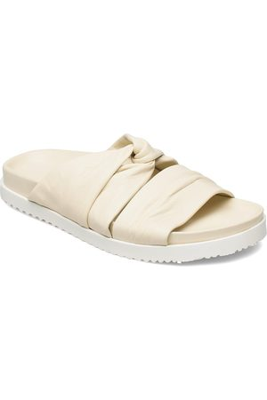 3.1 Phillip Lim Twisted Lthr Pool Slide Shoes Summer Shoes Pool Sliders Creme