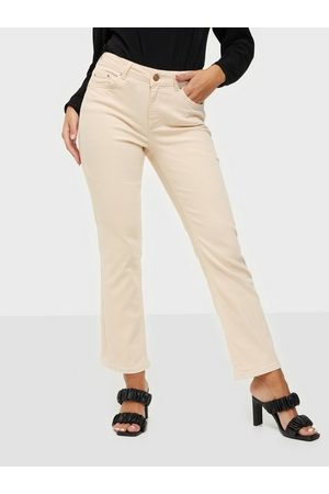 Pieces Pcdelly Mw Kick Flared Colour Jeans Bootcut & Flare
