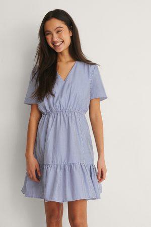 Trendyol Kvinna Festklänningar - Miniklänning I Singoallamodell