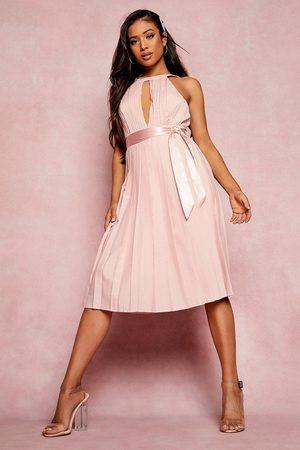 Boohoo Kvinna Casual klänningar - Petite Pleated Belted Midi Skater Dress, Pink