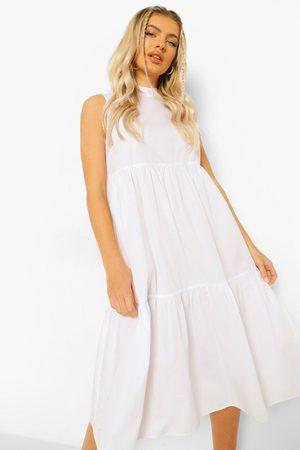 Boohoo Midiklänning Med Hög Hals Och Volanger, White