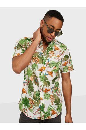 GANT Man Kortärmade skjortor - D2. Reg Humming Garden Bd Ss Skjorta Eggshell
