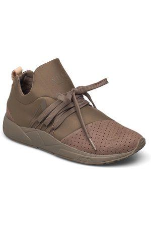 Arkk Copenhagen Kvinna Sneakers - Raven Nubuck S-E15 Walnut Nude - Wo Låga Sneakers