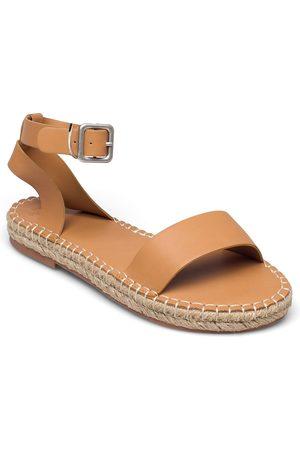 Abercrombie & Fitch Kvinna Sandaler - Anf Womens Accessories Sandaletter Expadrilles Låga