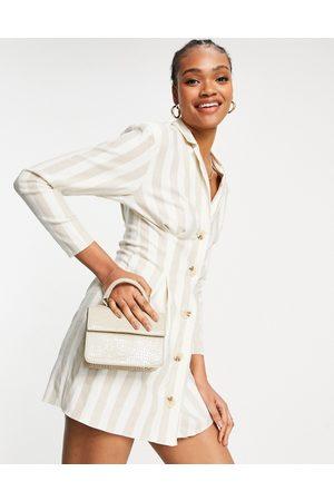 ASOS – Randigt smokingklänning av linne i minilängd med naturfärgning-Olika färger
