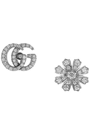 Gucci Diamantörhängen med blomma och logotyp