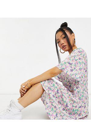 Y.A.S – Flerfärgad blommig miniklänning med v-ringning-Olika färger