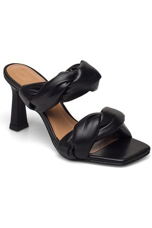 Flattered River Black Leather Sandal Med Klack