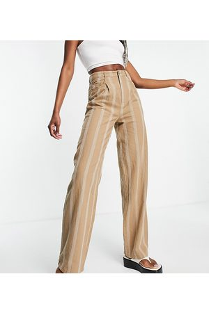 ASOS ASOS DESIGN Tall – Guldbruna randiga dad-byxor av linne med avslappnad passform