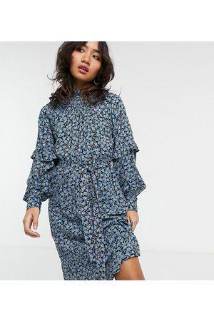 Vero Moda – Blå småblommig midiklänning med smockad halsringning och detaljer på ärmarna-Olika färger