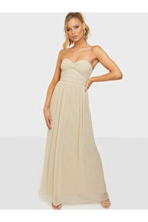 NLY Eve Dreamy Bustier Gown Maxiklänningar