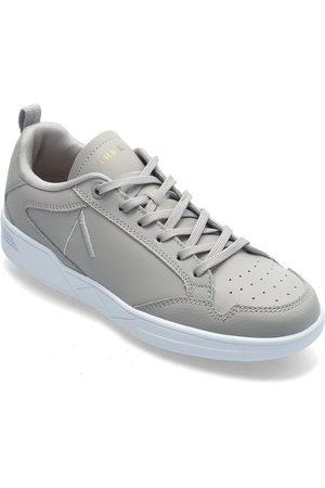 Arkk Copenhagen Kvinna Sneakers - Visuklass Leather S-C18 Dove White Låga Sneakers Grå