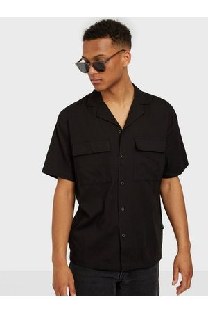 Dr Denim Man Kortärmade skjortor - Madi Pocket Shirt Skjorta Black
