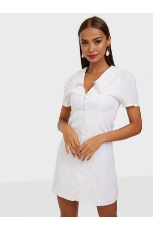 Glamorous Kvinna Festklänningar - Collar Short Sleeve Dress Klänning