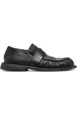 MARSÈLL Kvinna Loafers - Alluce loafers i slip on-modell