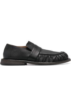MARSÈLL Alluce loafers i kornigt läder