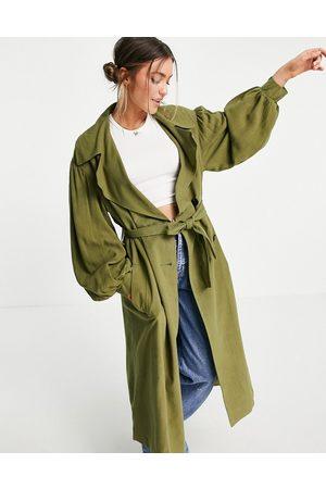ASOS – Kakigrön trenchcoat i oversize av linne med ärmdetalj- /a