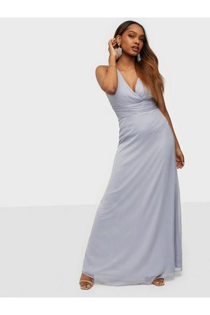 NLY Eve Good Looking Drapy Gown Maxiklänningar Dusty Blue