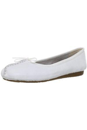 Clarks Damer fräck ice_stängda ballettskor, Vitt vitt läder39 EU