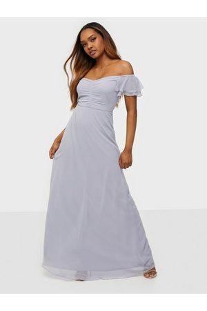 NLY Eve Kvinna Festklänningar - Fancy Frill Gown Maxiklänningar Ljus