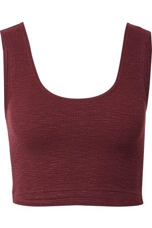 Weekday Kvinna T-shirts - Topp 'Elina